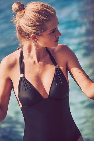 swimwear beach summer one piece swimsuit rosie huntington-whiteley model editorial