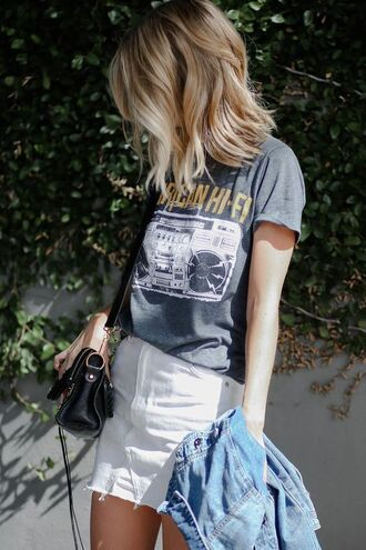 t-shirt skirt tumblr graphic tee mini skirt white skirt denim skirt bag black bag summer outfits