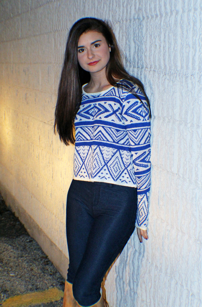 Royal Blue Crop Sweater - METROmorphos