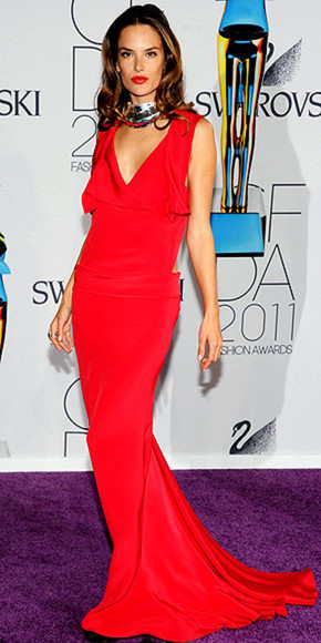 alessandra ambrosio red dress