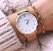 jewels,bracelets,charm bracelet,arm bracelet,gold bracelet,gold,gold jewelry,gold watch
