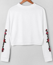 sweater,embroidered,girly,white,sweatshirt,floral,flowers