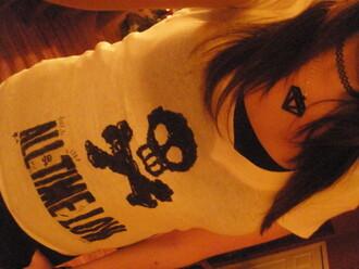 t-shirt white t-shirt skull black writing all time low