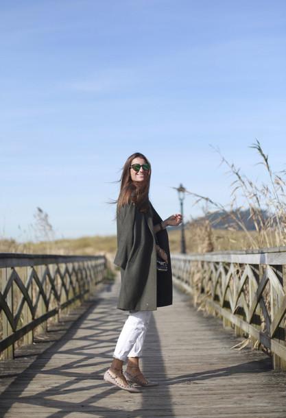 b a r t a b a c blogger coat flats Valentino white jeans