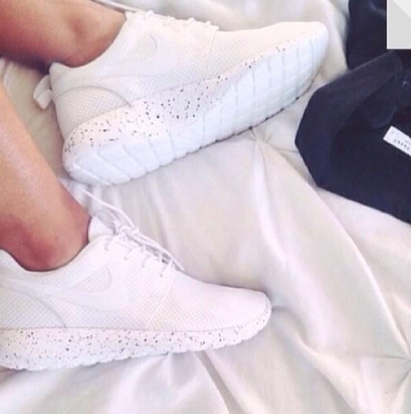 shoes nike roshe run white summer