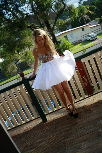 dress flowy white colorful gems jewels tumblr prom dress prom white shorts