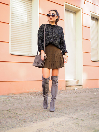 samieze blogger shoes skirt sweater bag jewels pleated skirt thigh high boots shoulder bag grey boots grey bag