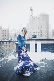 tips by trendy chickadee,blogger,dress,jacket,shoes,shearling denim jacket,denim jacket,maxi dress