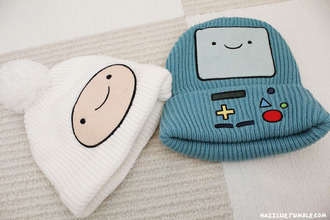 hat finn adventure time bmo hair accessories jake the dog finn the human hottopic ?? beanie