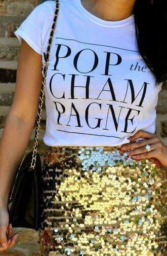 top graphic tee white tee sequins gold skirt pencil skirt shoulder bag champagne