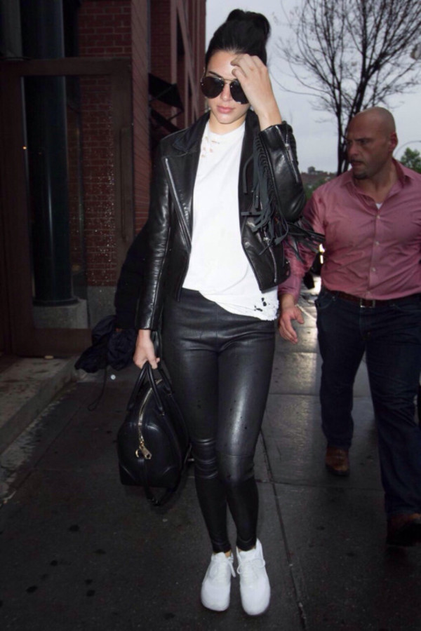 t-shirt, top, kendall jenner, sneakers, leggings, jacket ...