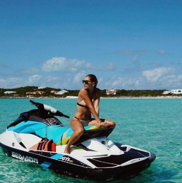 swimwear bikini bikini top bikini bottoms instagram hailey baldwin model off-duty summer