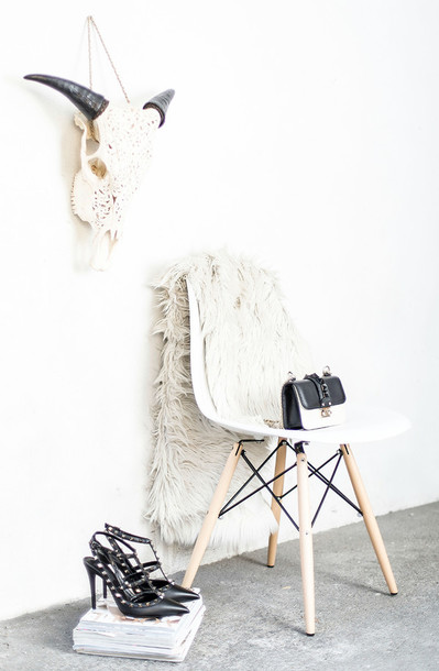 scent of obsession blogger hipster rug fluffy