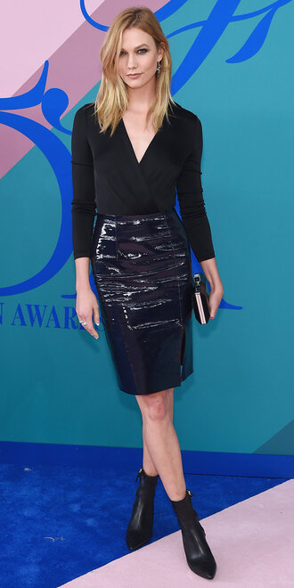 skirt top karlie kloss all black everything ankle boots model off-duty cfda blouse
