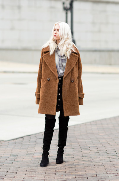 always judging blogger boyfriend coat black boots striped shirt skirt coat shoes tights opaque tights camel fluffy coat