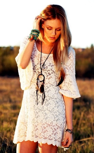 jewels dreamcatcher dreamcatcher necklace necklace bracelets ring dress white dress lace dress white lace dress blue bracelet