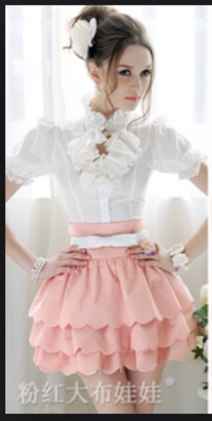 skirt pin/ white pastel pink pink rose