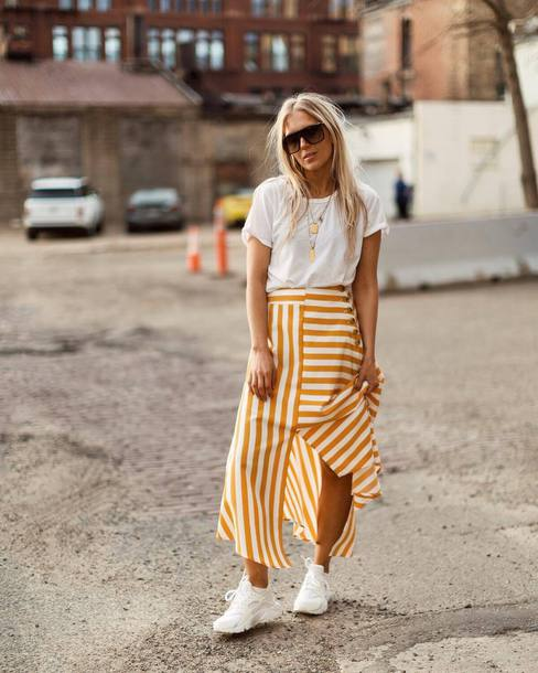 skirt top white top stripes shoes sunglasses