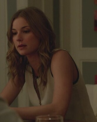 top zip white sleeveless blouse emily vancamp amanda clark emily thorne revenge