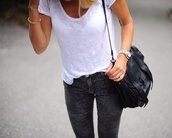 jeans,skinny,skinny jeans,skinny pants,grey,grey jeans,blouse,bag,t-shirt,white,black,style