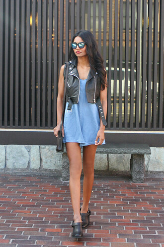 tuolomee blogger jacket mirrored sunglasses perfecto denim dress bag
