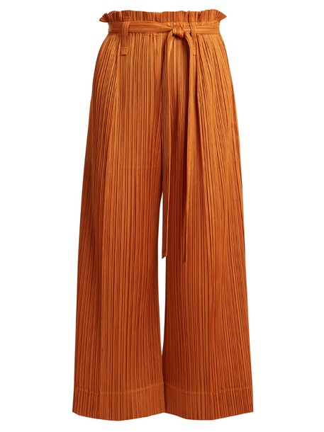 PLEATS PLEASE ISSEY MIYAKE pleated cropped tan pants