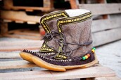 shoes,yuketen,alaskan,cree,winter boots,native american,suede,wool