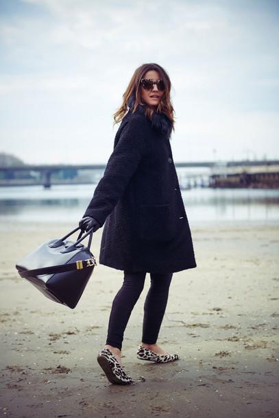 lovely pepa blogger coat sunglasses bag jewels gloves
