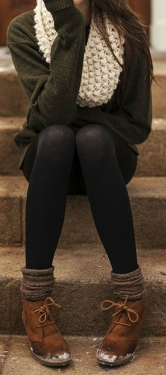 shirt sweater green boots infinity scarf cute black leggings scarf pants shoes socks leggings whool fall outfits whool socks style millitary cozy sweater warm sweater winter sweater grey chunky scarf tights winter outfits hipster brown wool sock boho bohemian winter boots tumblr bag