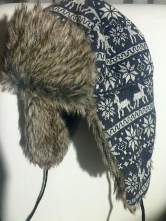 hat false fur hat chapka flocon de neige rennes deer bonnet grey hat chapeau gris fashion winter winter hat reindeer christmas sweater christmas christmas sweater cute hat chapeau etsy shopp[ing etsy
