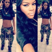 pants,camouflage,army pants,cargo pants,shirt,shoes,gi,g.i jane,vue boutique,fatigues,green,army green,teyana taylor,fashion,dope,jeans,lether,leather,socks,jordans,jumpsuit,khaki pants,black girls killin it,crop tops,cropped leather,chain,camo pants,sneakers,trill girl,dope rapper,tank top,urban