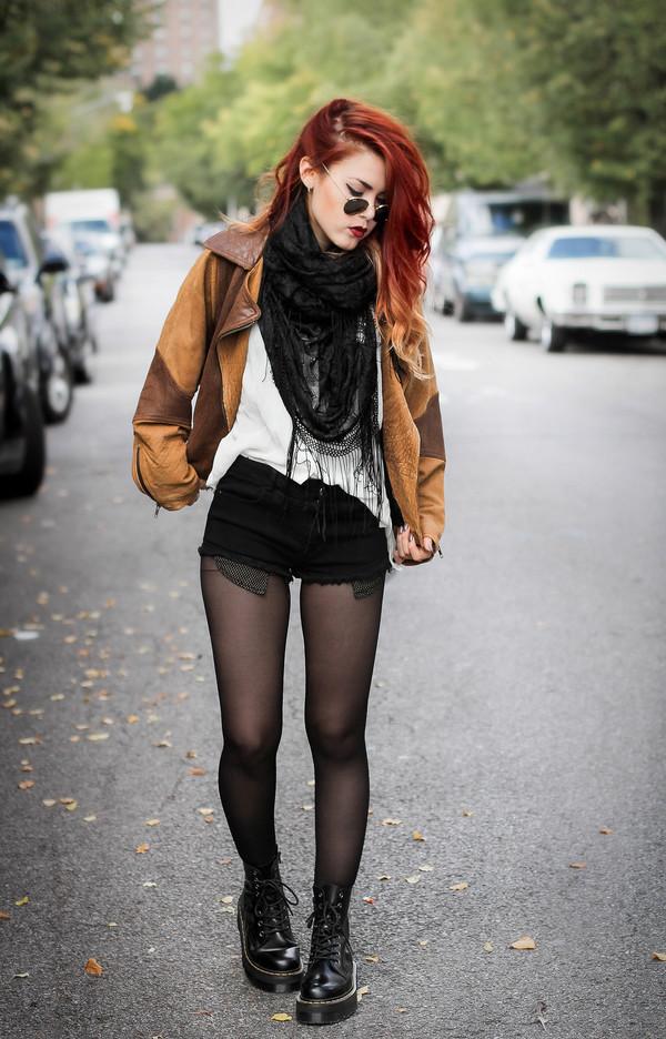le happy blogger scarf blouse jacket shoes shorts