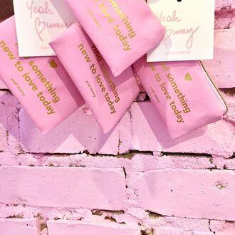 make-up yeah bunny bag pink pastel