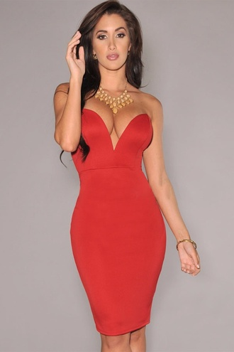 sweetheart neckline bodycon low v neck sweetheart dress jewels necklace necklace gold dress red lowcut sexy clubwear