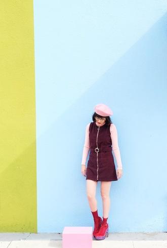 a fashion nerd blogger dress top shoes beret boots zipped dress red boots