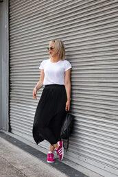 leatherandlattes,blogger,skirt,top,sunglasses,white t-shirt,midi skirt,pleated skirt,sneakers,backpack