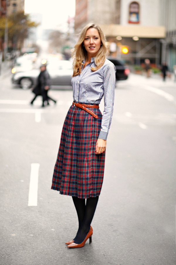 the classy cubicle shirt skirt shoes belt