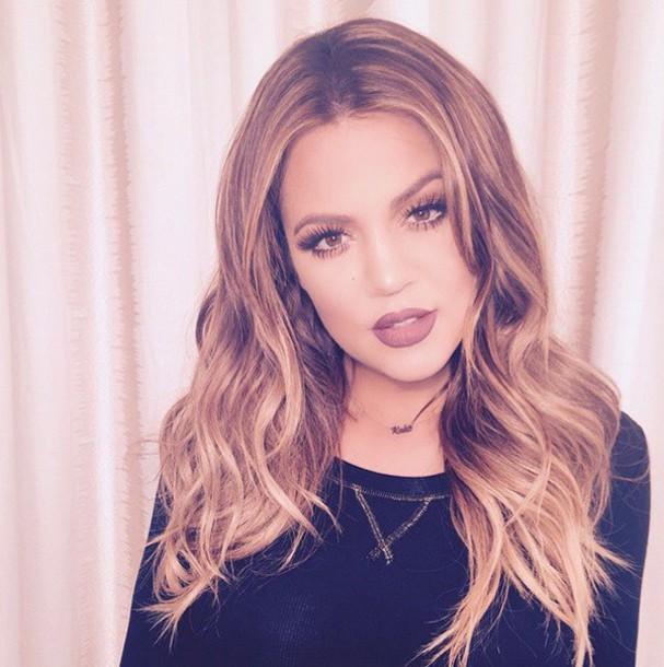 make-up khloe kardashian mac cosmetics chanel
