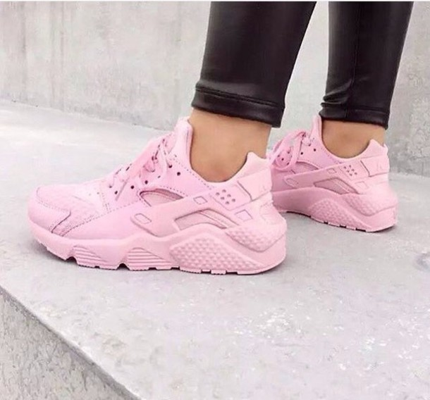 nike huarache pink and purple