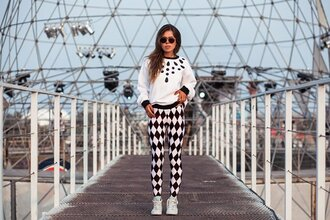 leggings stripes tights womenswear pants clothes streetstyle black and white white leggings girly printed leggings style summer sunglasses shades