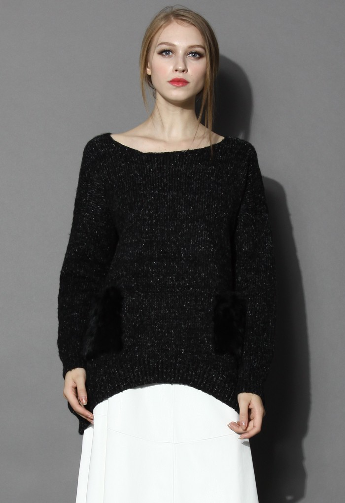 Chunky knit oversize sweater with faux fur pockets