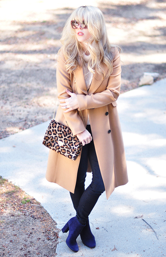 love maegan blogger camel coat animal print shoulder bag blue shoes coat tank top jeans sunglasses jewels t-shirt bag shoes