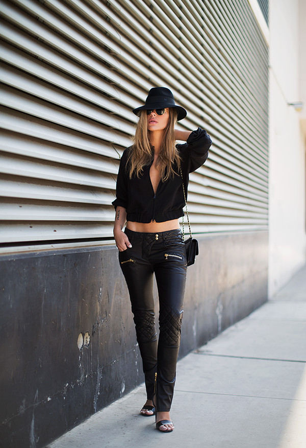 blogger sunglasses jacket bag