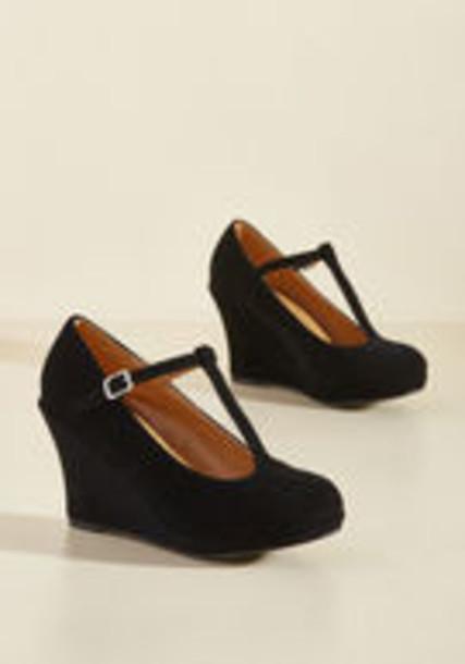 straps chic soft wedges suede beige black shoes