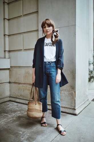t-shirt blue jeans tumblr white t-shirt coat blazer blue blazer denim jeans bag sandals flat sandals jacket shoes