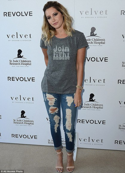 jeans ashley tisdale ripped jeans t-shirt
