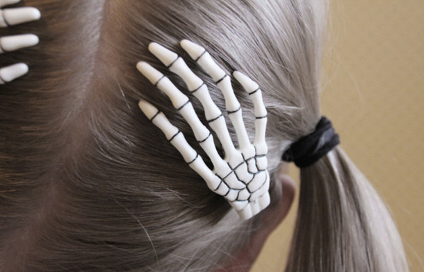 jewels skull hands hair bones hair accessories lovely bones