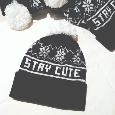 Snowflake Pom Beanie — stay-cute.com