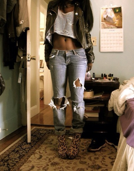 jacket green green jacket whole outfit.. jeans jeans, cropped, ripped, light wash, denim jean overalls ootd outfit shoes