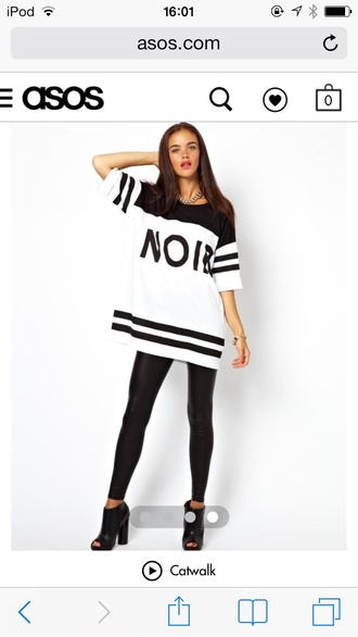 shirt jersey t-shirt oversized white black jewelry gold noir spikes outfit asos leggings leather black heels shoes short sleeve stripes ring lipstick straight hair white shirt